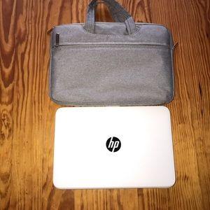 Mini laptop case